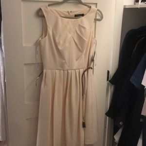 Ellen Tracy dress with Belt and Front Detail